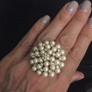 🆕 Stella and Dot Pearl Ring. Adjustable.
